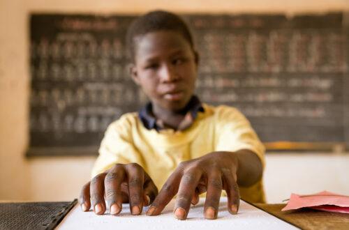 Article : Tchad : un club de lecture pour jeunes aveugles voit le jour à N'Djaména